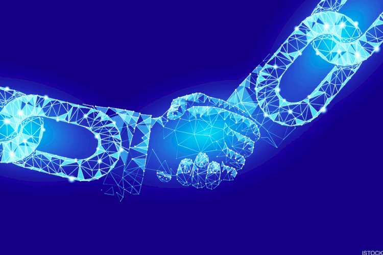 Blockchain Revolutionizes The Content Distribution