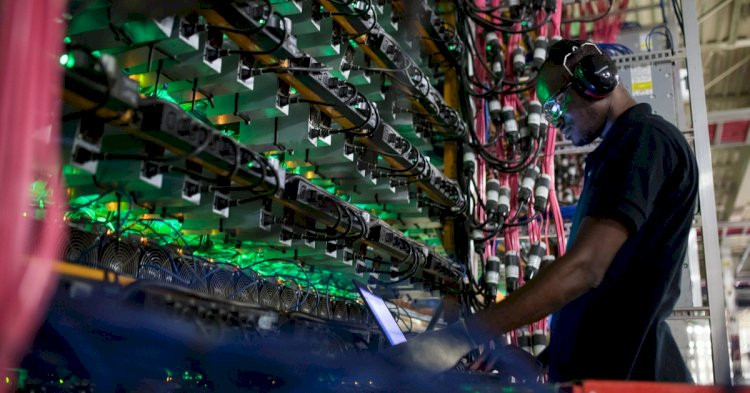 Causing Shortage Of Mining Rigs Is The Rise Of Bitcoin: Almost All Units Are Sold Out With Miners Being Concerned About Supply.